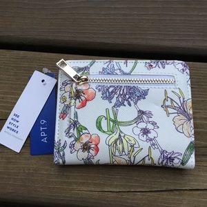 NWT! Apt. 9 Floral Bifold, snap closure card slots